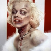 "Famous Zombie ""Marilyn Monroe"", (c) www.puyahumana.es/"