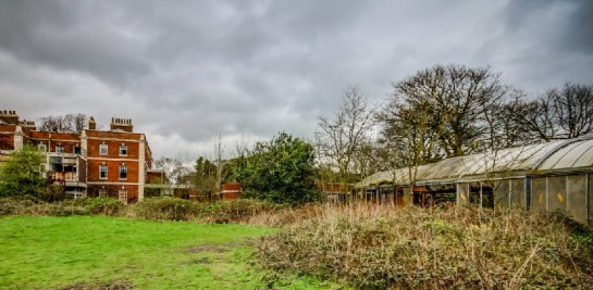 "Google Street View ""Zombie Manor House"", Manchester, Bild 2, (c) Google"