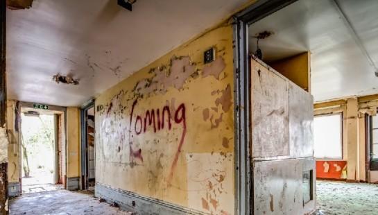 "Google Street View ""Zombie Manor House"", Manchester, Bild 3, (c) Google"
